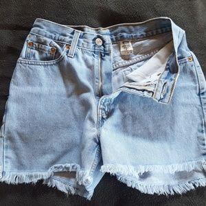 Levis jean shorts,  512, 7 jr. Slim fit